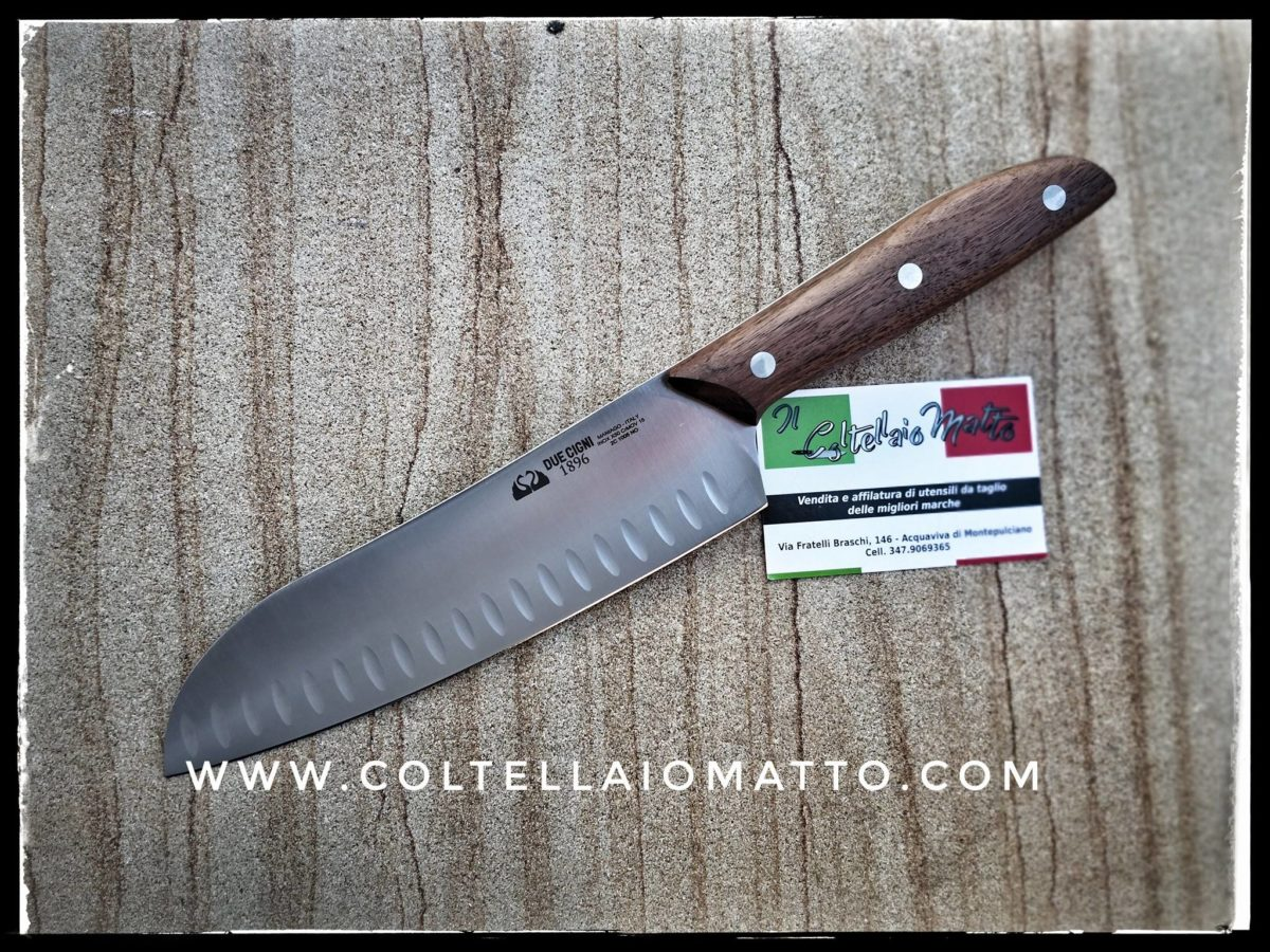 coltello-santoku-arrotino-affilatura-duecigni-coltellaio-matto